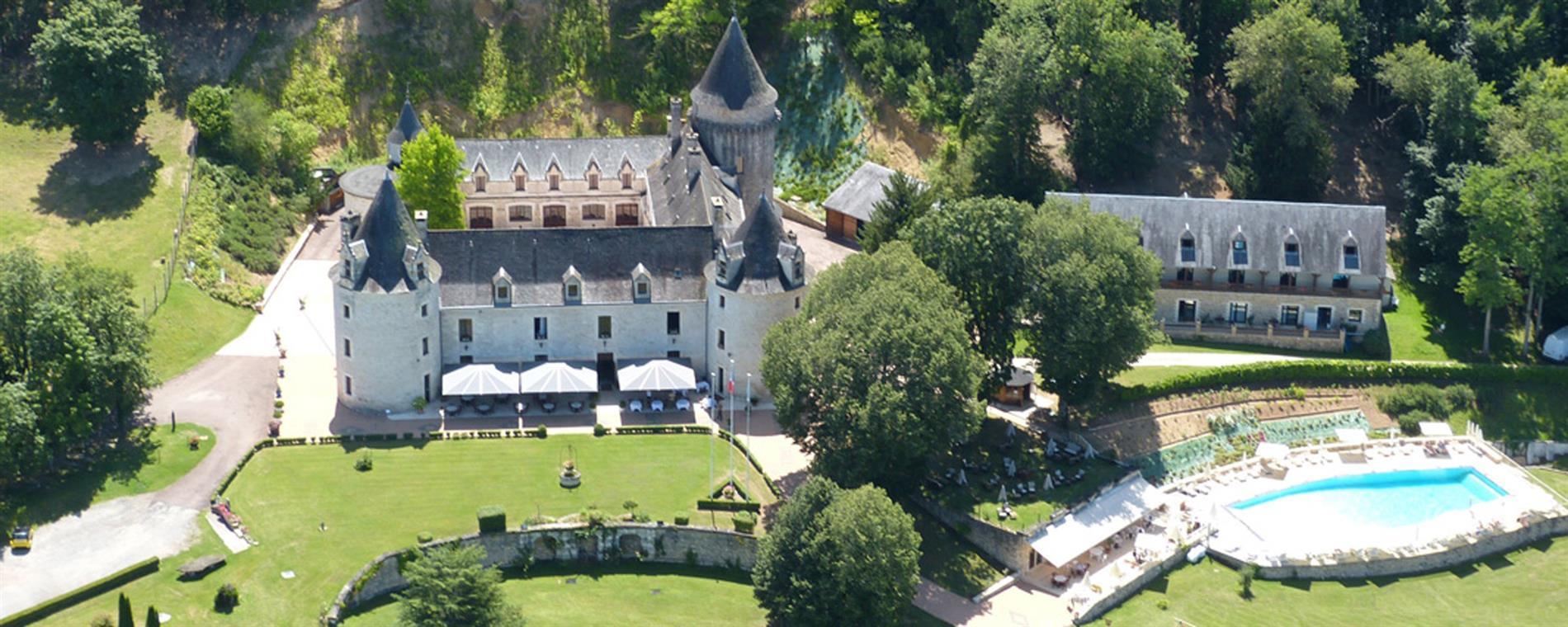 """Résultat de recherche d'images pour """"chateau hotel la fleunie"""""""